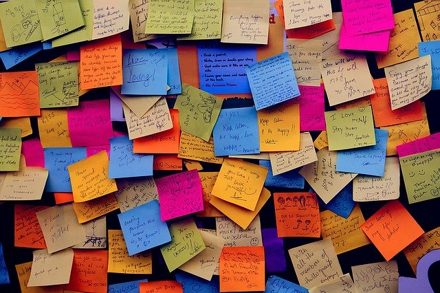 Lots of post it notes