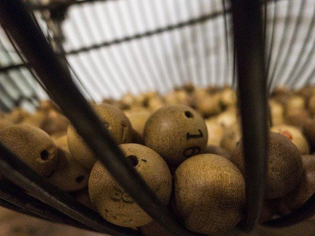 Tombola balls